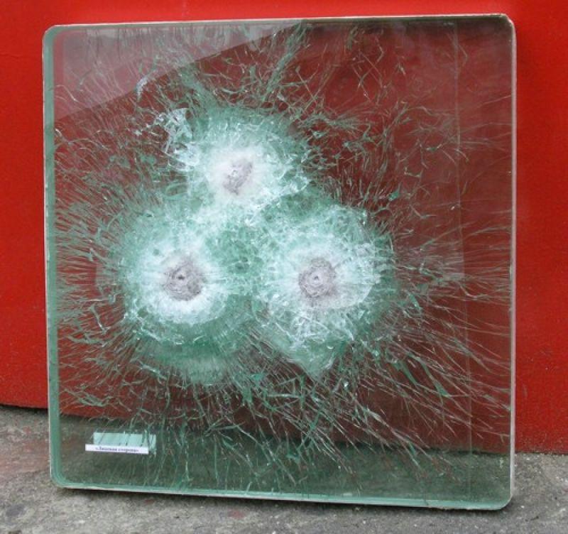 Защитная плёнка на окно, Альфа Щит